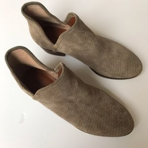 Lucky Brand Baley Ankle Bootie Gray sZ 10